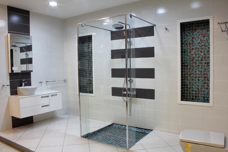 Projekt azienki zakup kabiny prysznicowej poradnik sprz t azienka - Fotos badezimmergestaltung ...