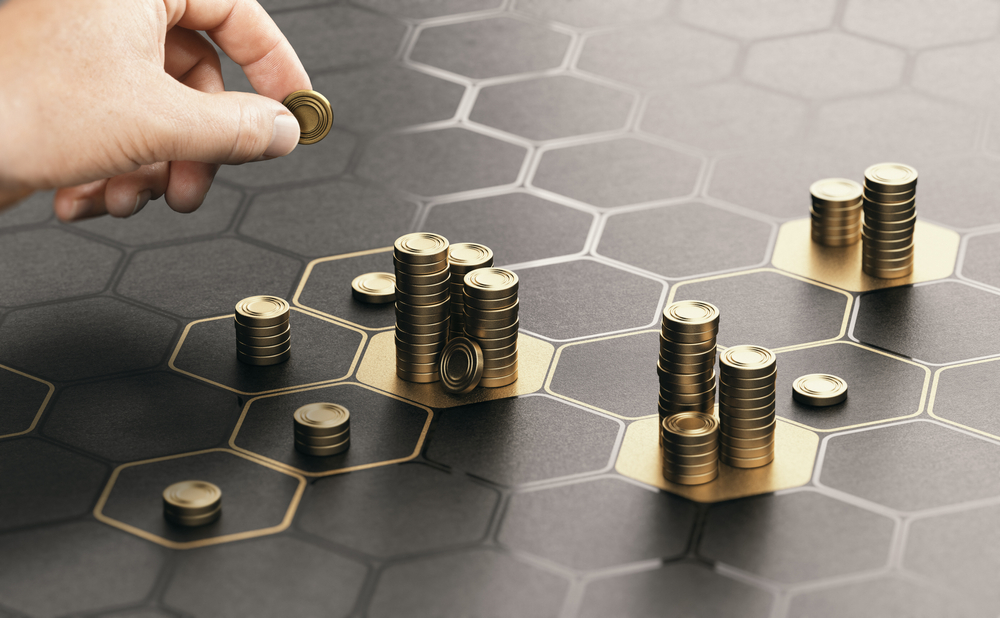 Własna firma i umowa o pracę - opłacanie ZUS i podatku dochodowego