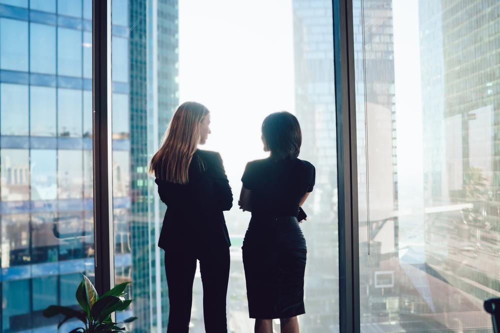 Aktywizacja zawodowa kobiet - ile zyska gospodarka?