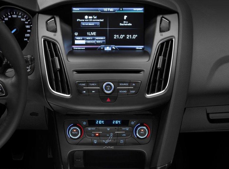 Honda Civic Tourer >> Ford Focus III 2015 po liftingu – zmiany we wnętrzu ...